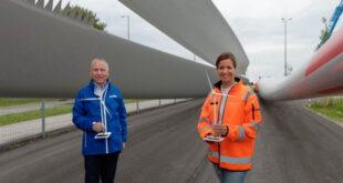 Münchens zweites Windrad: Rotorblätter angeliefert