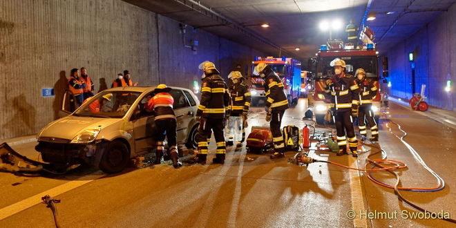 Feuerwehr Übung im Tunnel Aubing 2021
